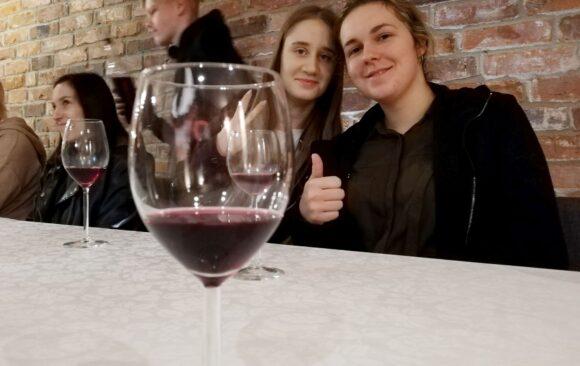 Jak degustować wino?