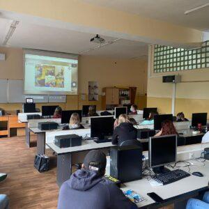 Studenci Koła Naukowego Politechniki Opolskiej zdalnie u logistyków